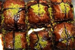 Dessert della baklava del cioccolato fotografie stock