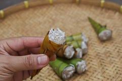 Dessert della banana in foglia Fotografia Stock
