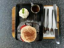 Dessert della lava del pane del carbone Fotografia Stock