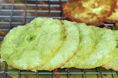 Dessert della Tailandia, farina della miscela, noce di cocco ed allora fritto Fotografia Stock Libera da Diritti
