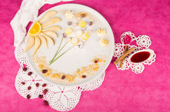 Dessert fruttato del bambino Immagine Stock
