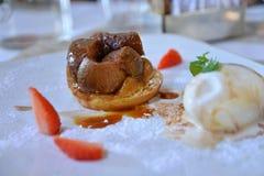Dessert gastronomico alla moda - progettazione dell'alimento Immagine Stock Libera da Diritti