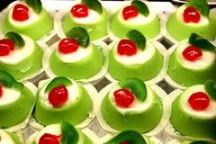 Dessert italiano del mignon di cassata Immagini Stock Libere da Diritti