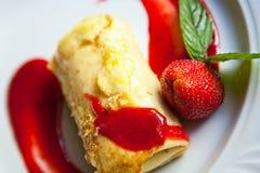 Dessert met aardbei Stock Foto's