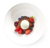 Dessert met roomijs Stock Afbeeldingen