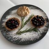 Dessert per la tavola di festa fotografie stock