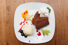 Dessert on restaurant table Royalty Free Stock Photos
