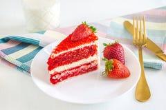 Dessert rouge mignon photo libre de droits