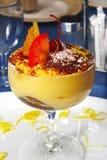 Dessert savoureux au restaurant Photos stock