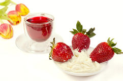 Strawberry and tea from Sudanese rose Stock Photography