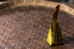 Dessert tailandese sul foglio della banana fotografia stock libera da diritti