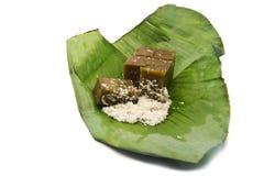 Dessert tailandese tradizionale sulle foglie della banana. Fotografie Stock Libere da Diritti