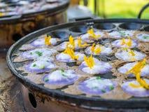 Dessert thaïlandais d'amidon de riz, de sucre et de lait de noix de coco Images stock