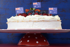 Dessert traditionnel australien, vacherin, Photos stock