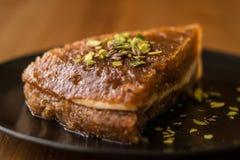 Dessert traditionnel turc Ekmek Kadayifi/pudding de pain Photographie stock libre de droits
