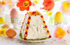 Dessert tradizionale di Pasqua immagini stock libere da diritti