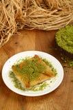 Dessert turco Katmer con il pistacchio immagine stock