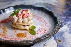 Dessertroom en munt Sluit omhoog Royalty-vrije Stock Foto