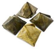 Desserts bourrés de pyramide de la pâte pendant la nouvelle année chinoise Photo libre de droits