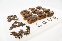 Desserts crus de Vegan sur un fond blanc Photos libres de droits