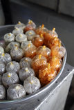Desserts dans de petits sachets en plastique, Vietnam du Sud Photo libre de droits