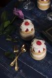 Desserts romantiques Photos stock