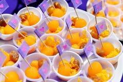 Desserts thaïlandais de mariage Images stock