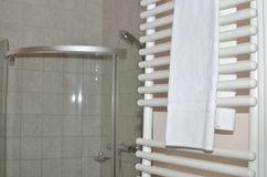Dessiccateur et serviettes de serviette photos libres de droits
