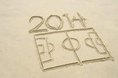Dessin au trait lancement 2014 du football du football en sable Photo libre de droits
