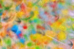 Dessin coloré abstrait sur le mur images stock