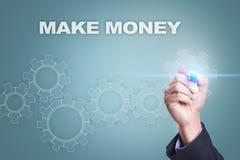 Dessin d'homme d'affaires sur l'écran virtuel Effectuez le concept d'argent images stock