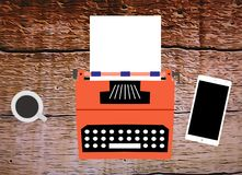 Dessin d'une vieille machine à écrire avec le folio blanc Photographie stock libre de droits