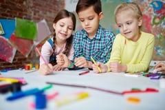 Dessin dans le jardin d'enfants Photos libres de droits