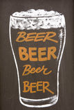 Dessin de craie de verre de bière Photographie stock libre de droits