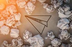 Dessin de papier de fusée avec le papier de déchets jpg Photo stock