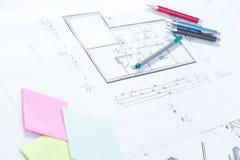 Dessins architecturaux sur le papier Photo libre de droits