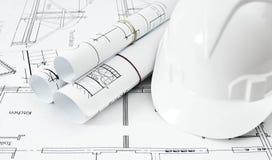Dessins pour la maison et le casque de construction fonctionnement Images stock