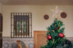 Dessus élevé d'un arbre de Noël Photos stock