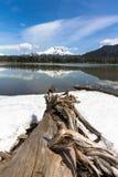 Dessus cassé de lac sparks Images stock