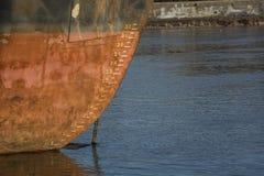 Dessus de bateaux dans l'eau Image libre de droits