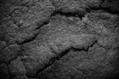 Dessus de gâteau de chocolat frais avec des fissures toned Image libre de droits