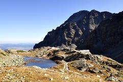 Dessus de hautes montagnes de Tatras en Slovaquie. Images libres de droits