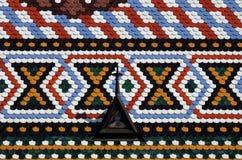 Dessus de toit carrelé à carreaux d'église du ` s de St Mark à Zagreb images libres de droits