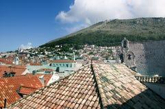 Dessus de toit dans la ville murée de Dubrovnic en Croatie l'Europe Dubrovnik est surnommé perle de ` de l'Adriatique Image stock