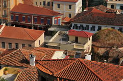 Dessus de toit dans Nafplio, Grèce Photographie stock libre de droits