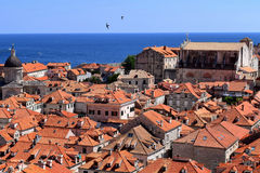 Dessus de toit de Dubrovnik images libres de droits