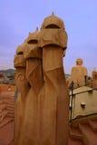 Dessus de toit de Gaudi Image libre de droits