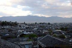 Dessus de toit de Lijiang photos libres de droits