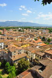 Dessus de toit de Lucca. photographie stock