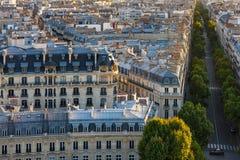 Dessus de toit de Paris - vue aérienne photographie stock